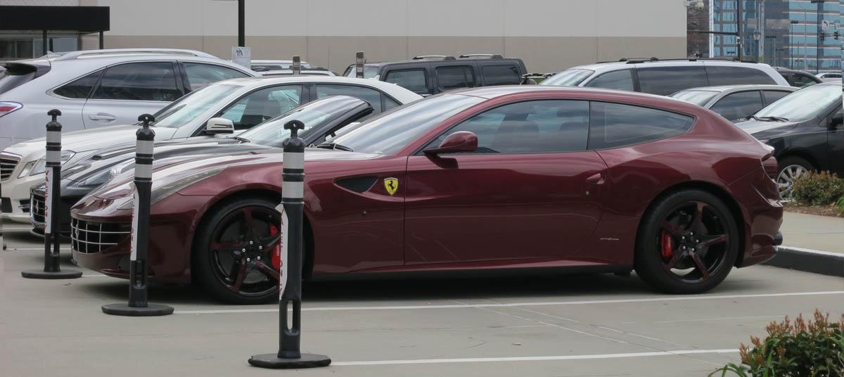 Ferrari FF Side
