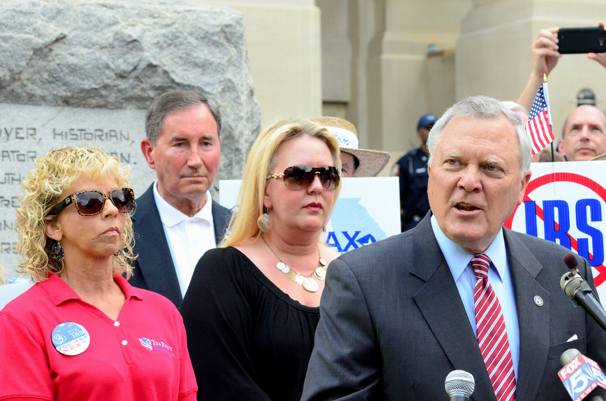 Nathan Deal Tea Party Protest4