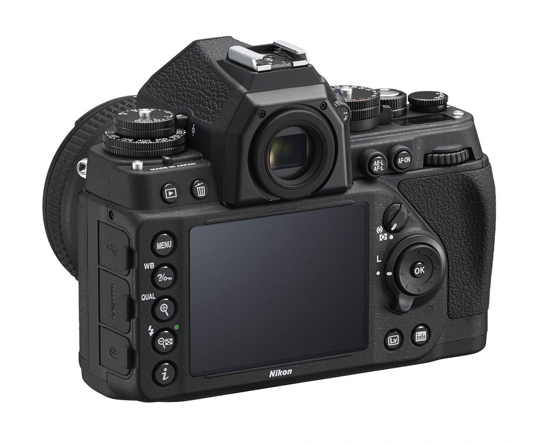 Nikon Df 3 4 back