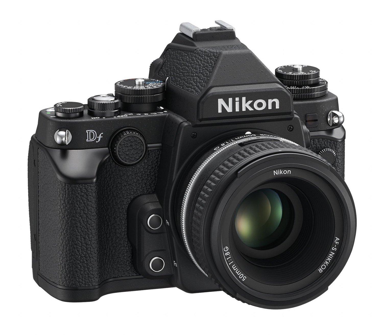 Nikon Df Black 3 4 front
