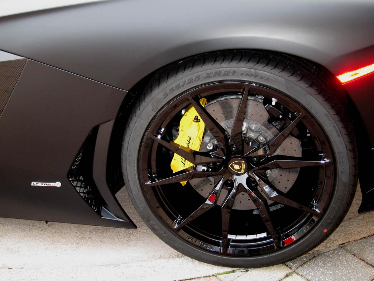 Matte Black Lamborghini Aventador Wheel