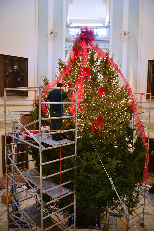 Decorating State Capitol Christmas Tree