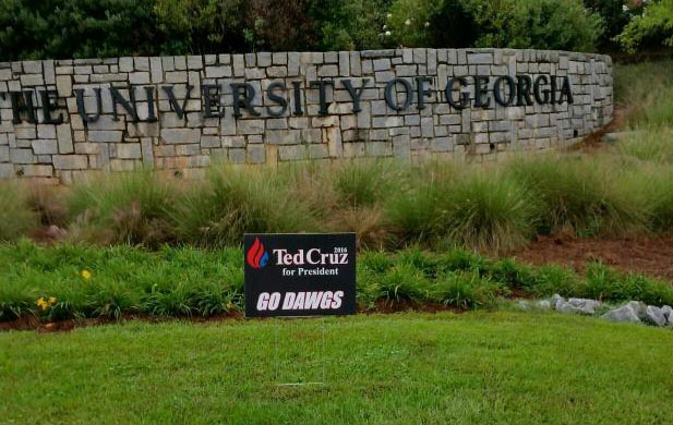 Cruz Sign UGA cropped