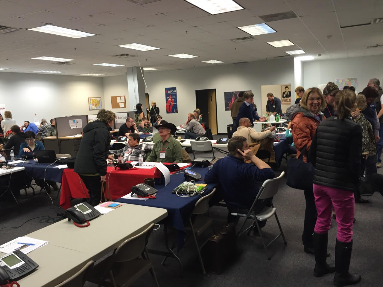 Cruz Iowa Phone Bank