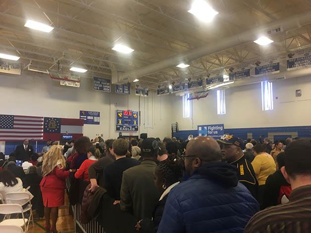 Clinton Crowd 2